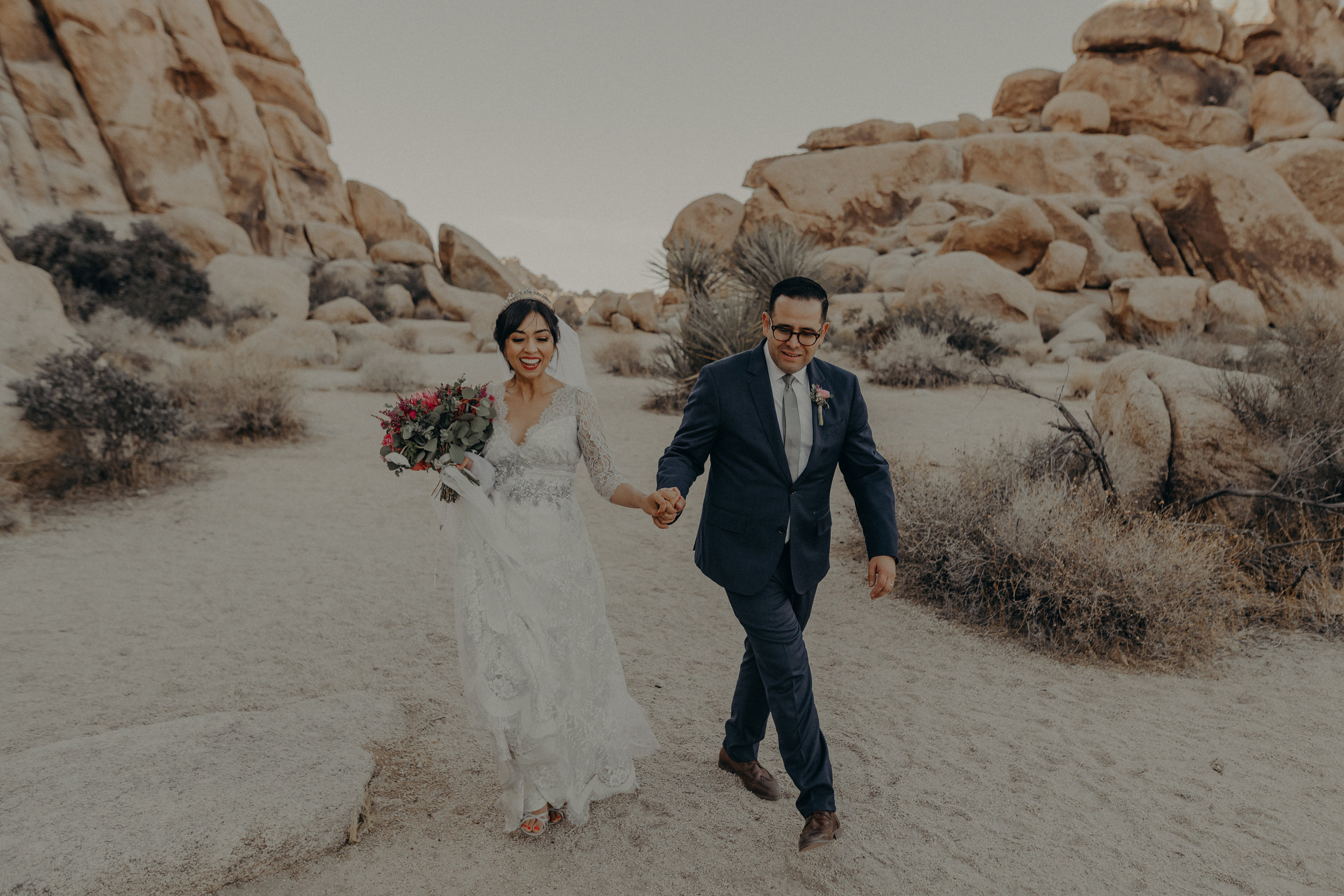 © Isaiah + Taylor Photography - Long Beach Wedding Photographer - Joshua Tree Elopement-120.jpg