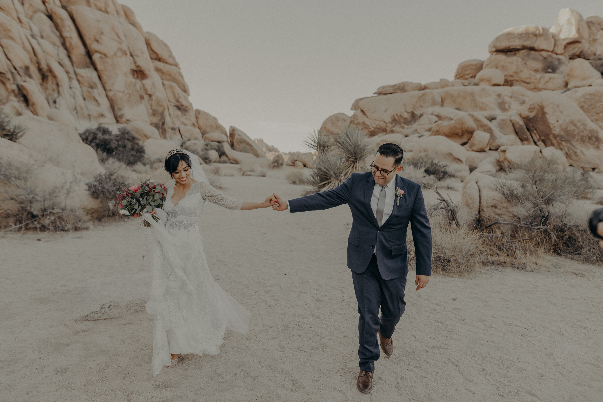 © Isaiah + Taylor Photography - Long Beach Wedding Photographer - Joshua Tree Elopement-122.jpg