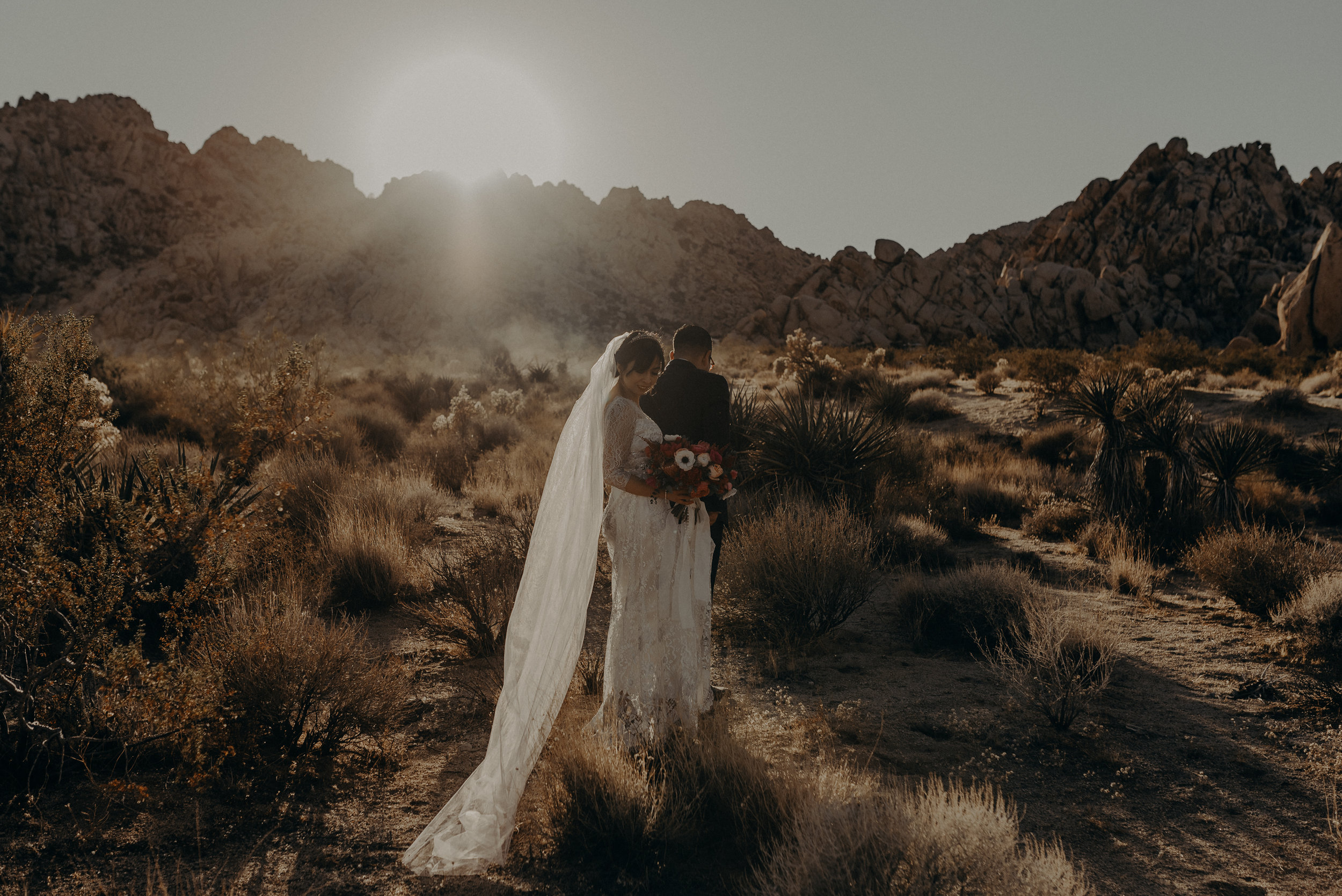 © Isaiah + Taylor Photography - Long Beach Wedding Photographer - Joshua Tree Elopement-131.jpg
