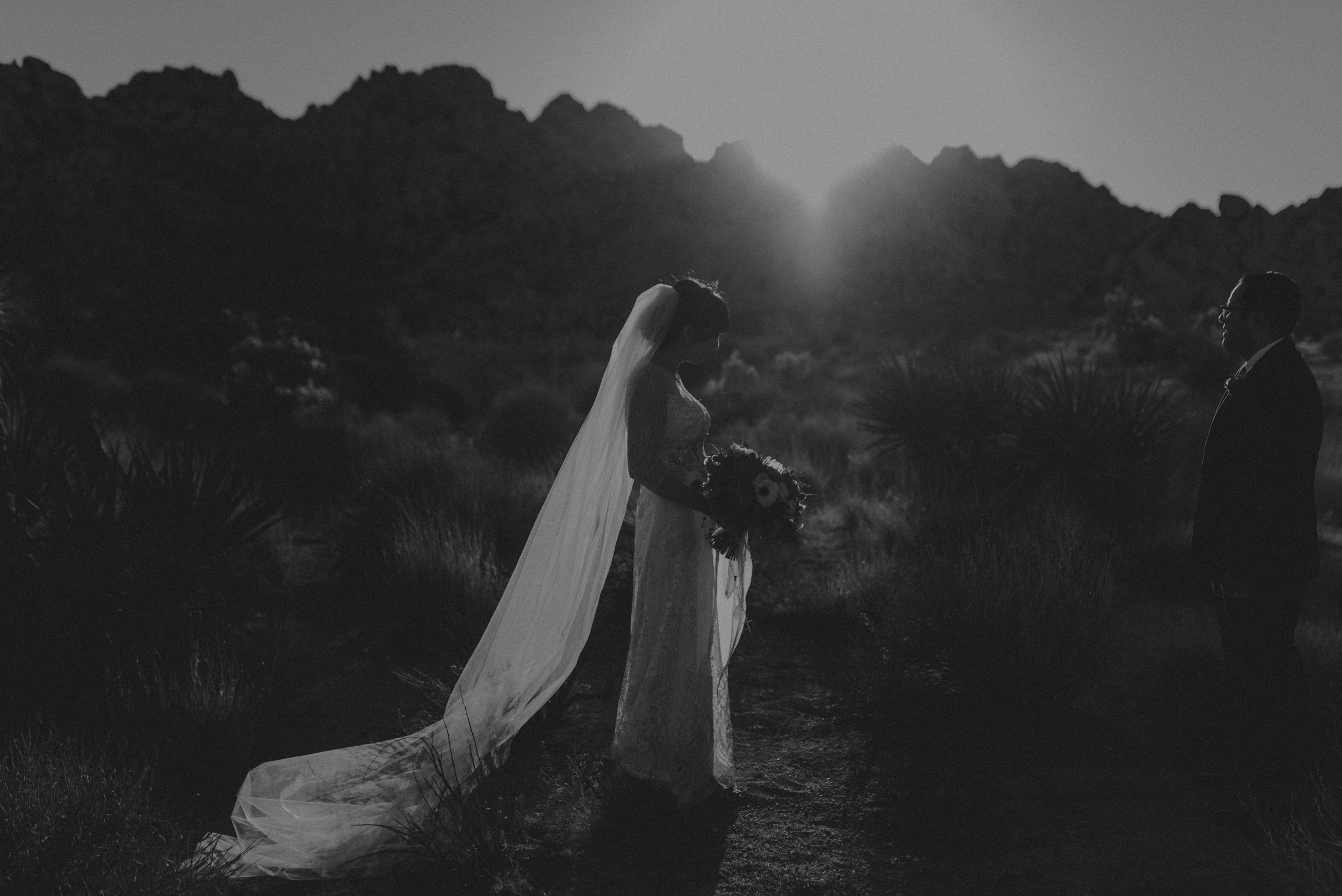 © Isaiah + Taylor Photography - Long Beach Wedding Photographer - Joshua Tree Elopement-139.jpg