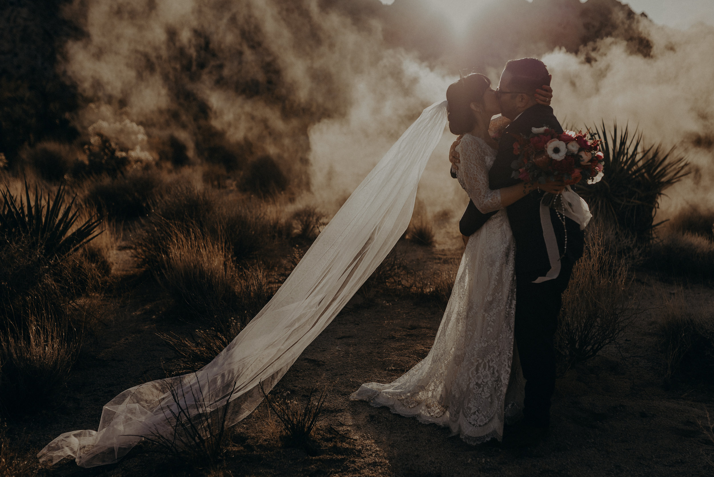 © Isaiah + Taylor Photography - Long Beach Wedding Photographer - Joshua Tree Elopement-141.jpg