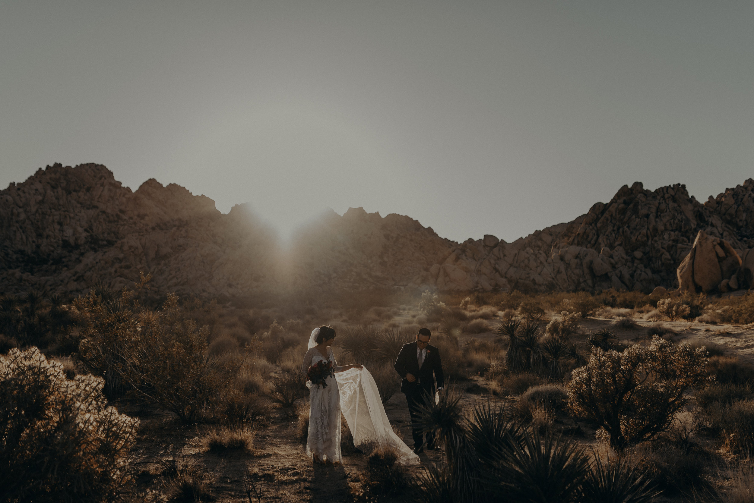 © Isaiah + Taylor Photography - Long Beach Wedding Photographer - Joshua Tree Elopement-147.jpg