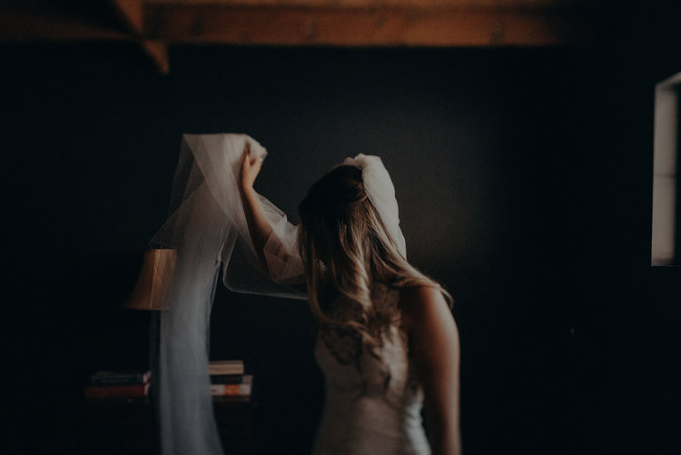 Long+Beach+Wedding+Photographer+-+Smokey+Hollow+Studios+Wedding+-+Isaiah+++Taylor+Photography-024.jpg