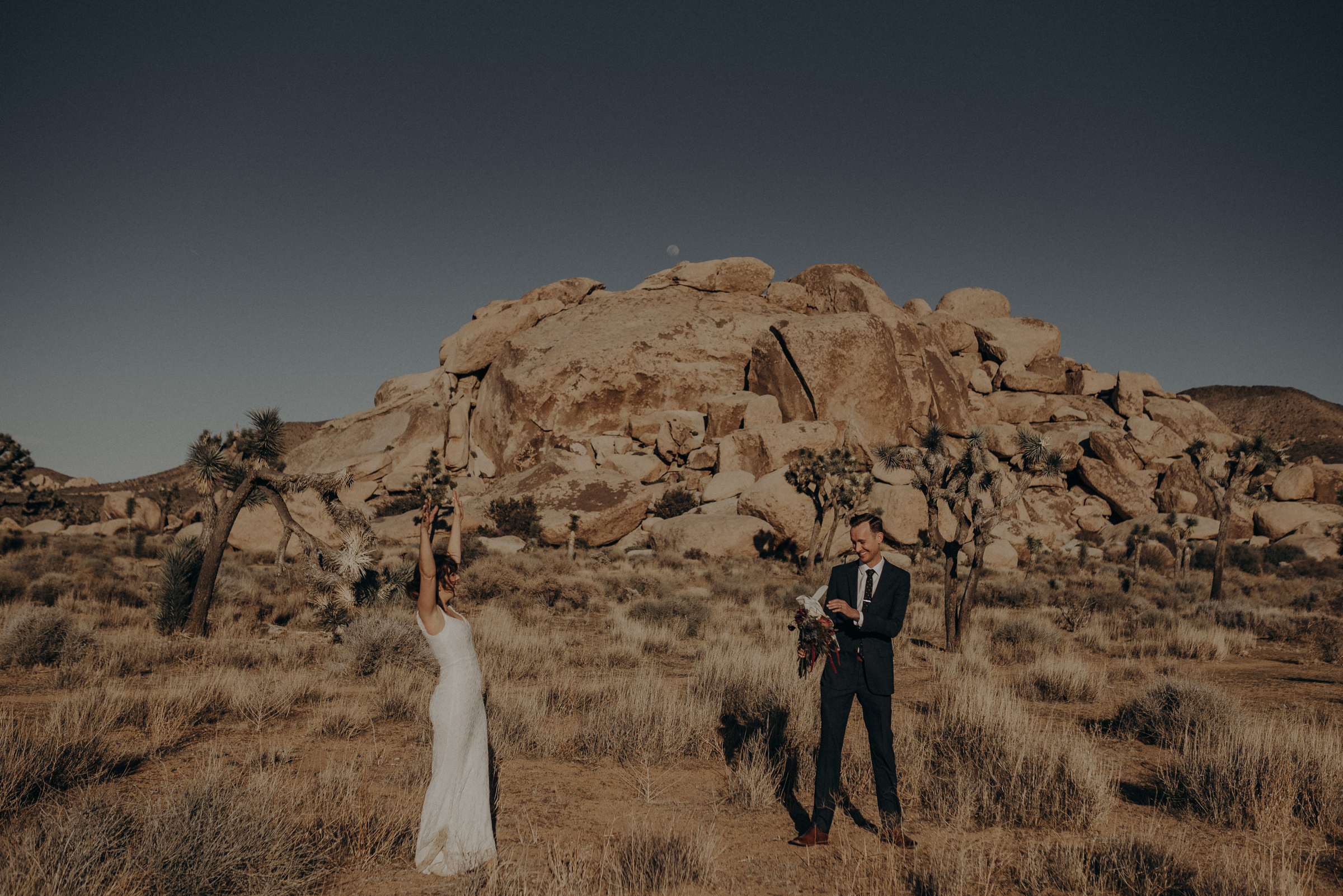 Joshua Tree Elopement - Los Angeles Wedding Photographers - IsaiahAndTaylor.com-012.jpg
