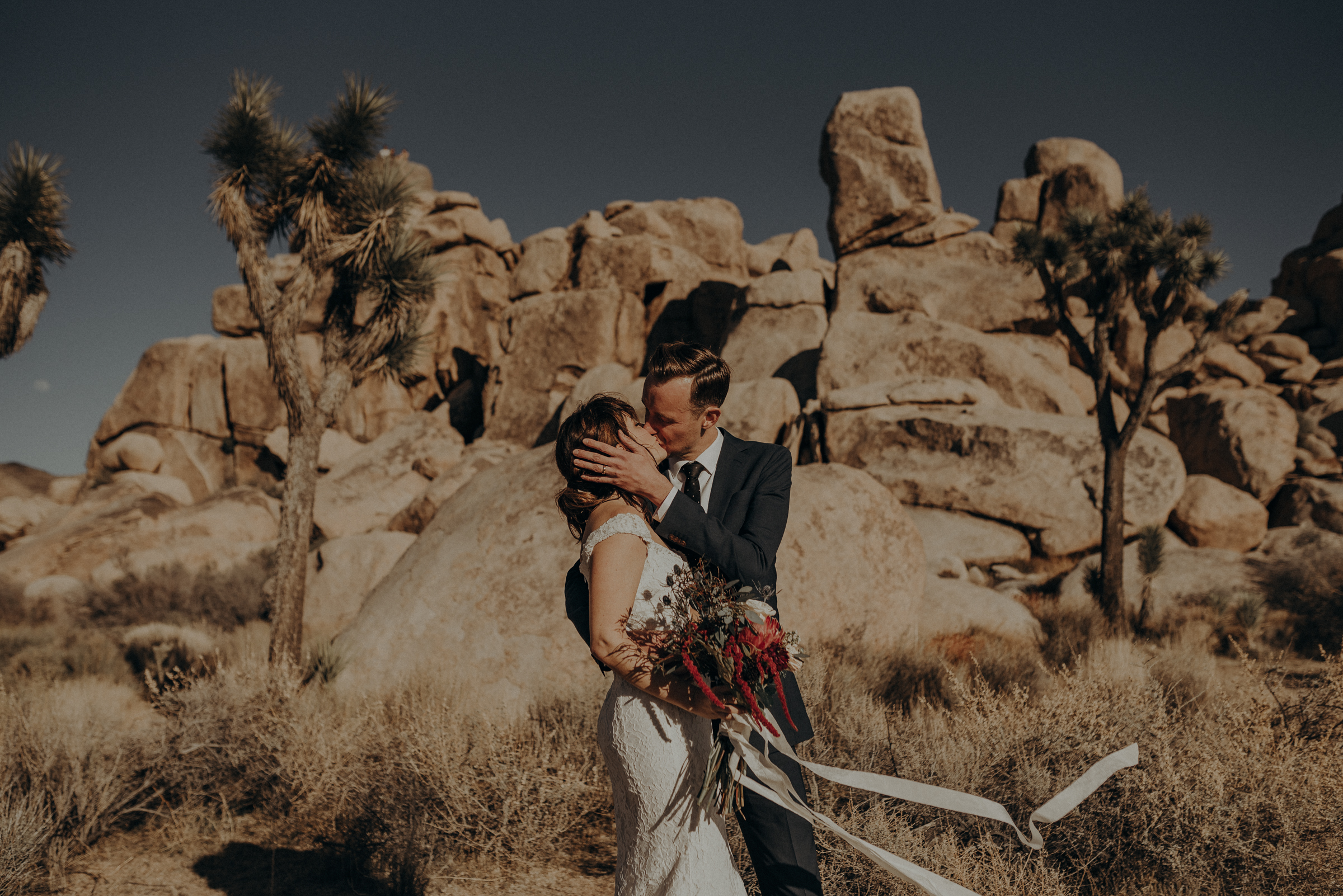 Joshua Tree Elopement - Los Angeles Wedding Photographers - IsaiahAndTaylor.com-038.jpg
