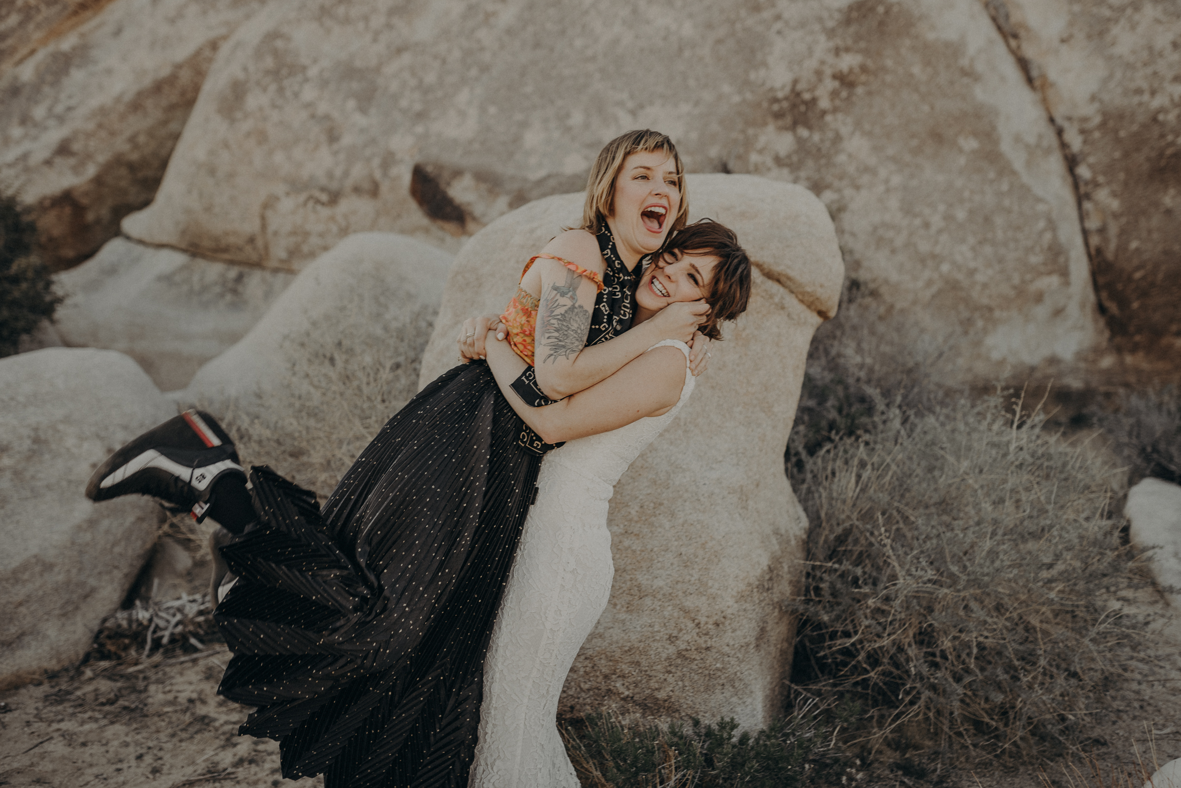 Joshua Tree Elopement - Los Angeles Wedding Photographers - IsaiahAndTaylor.com-052.jpg