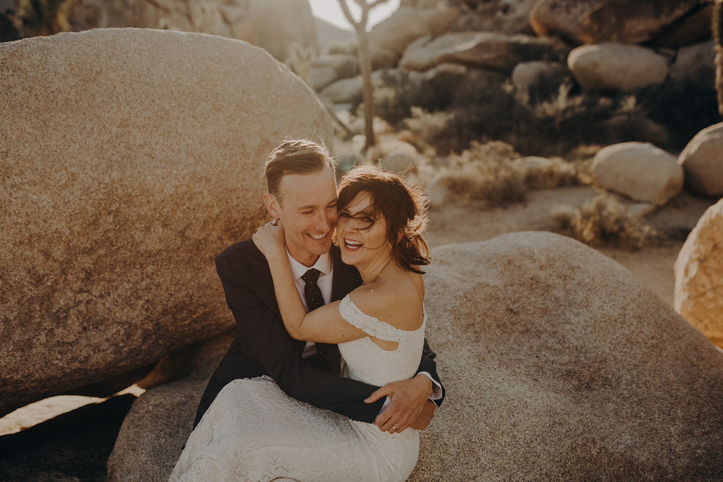 Joshua Tree Elopement - Los Angeles Wedding Photographers - IsaiahAndTaylor.com-078.jpg