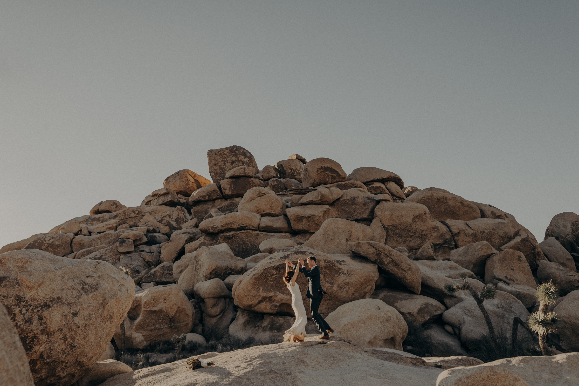 Joshua Tree Elopement - Los Angeles Wedding Photographers - IsaiahAndTaylor.com-079.jpg