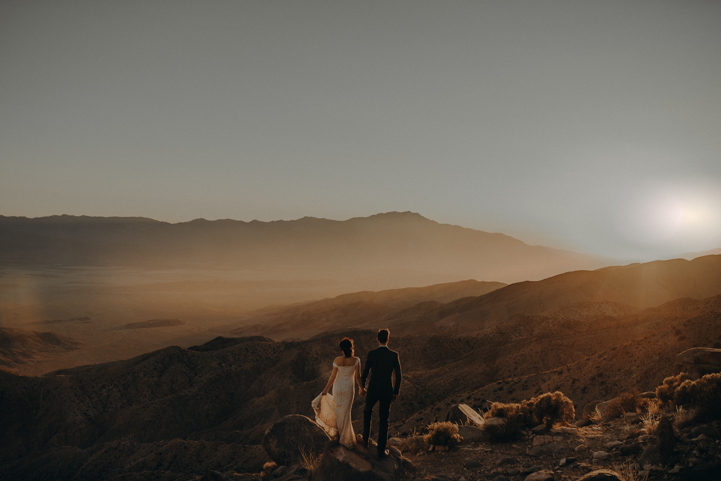 Joshua Tree Elopement - Los Angeles Wedding Photographers - IsaiahAndTaylor.com-098.jpg