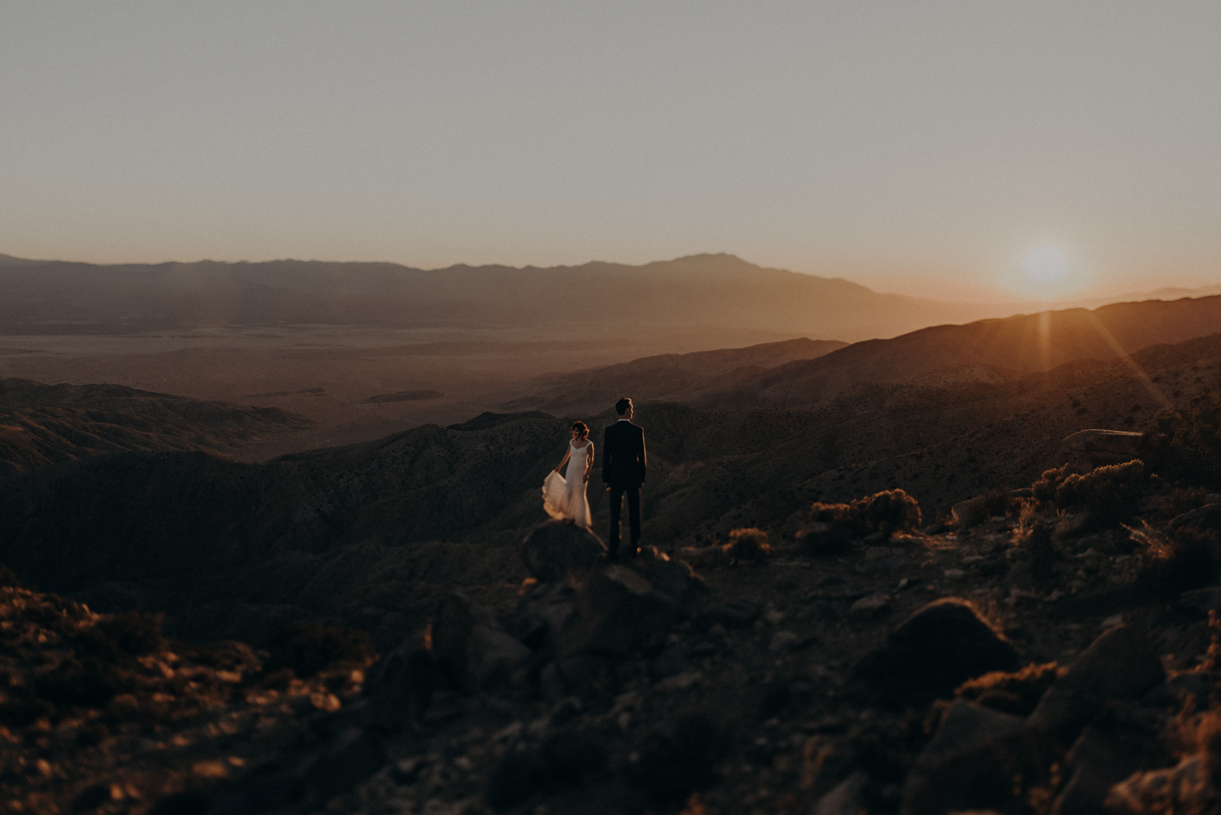 Joshua Tree Elopement - Los Angeles Wedding Photographers - IsaiahAndTaylor.com-103.jpg