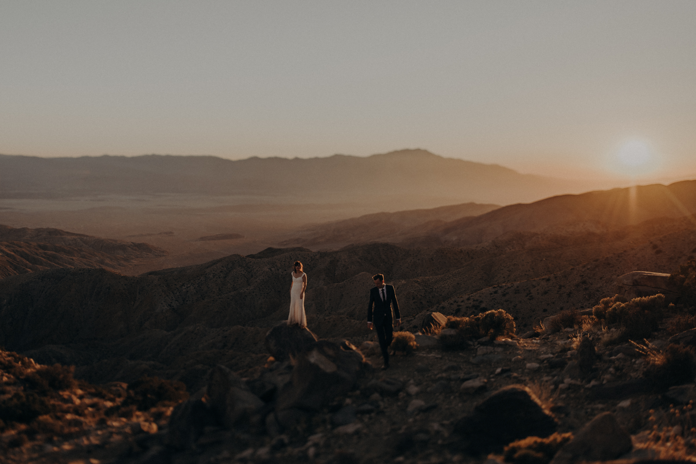 Joshua Tree Elopement - Los Angeles Wedding Photographers - IsaiahAndTaylor.com-102.jpg