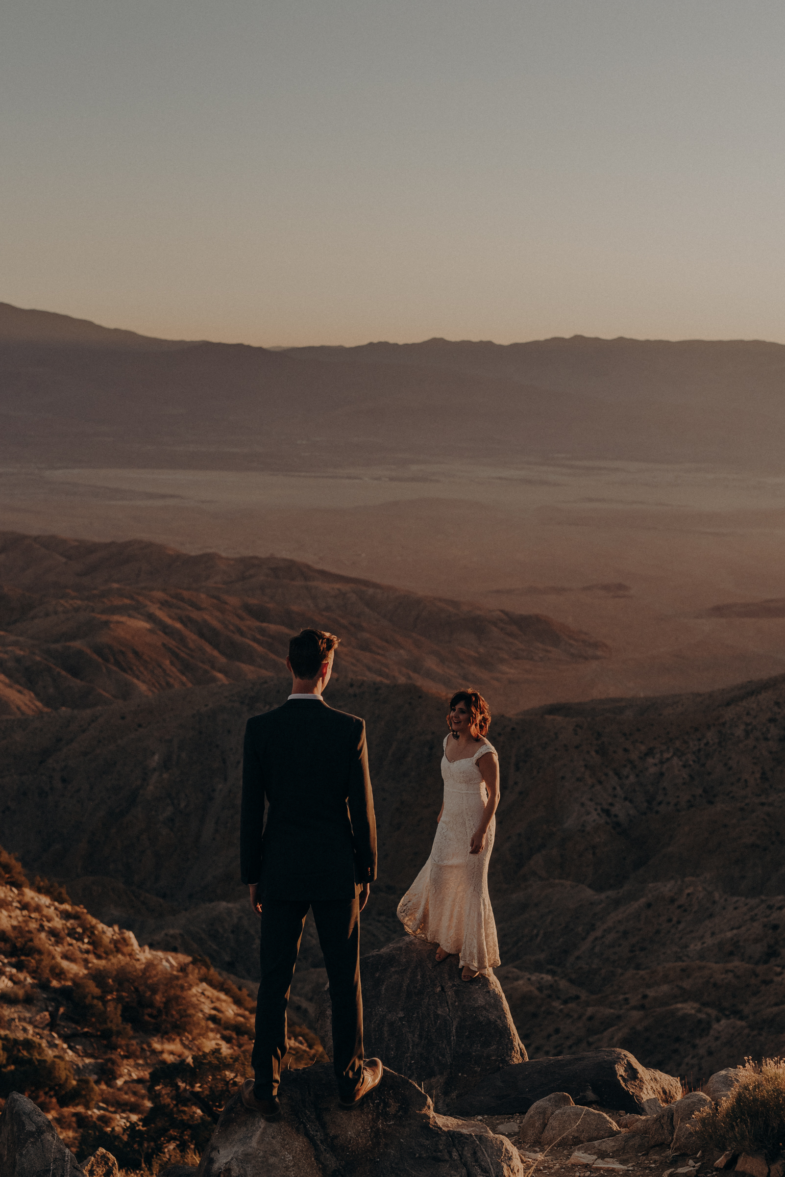 Joshua Tree Elopement - Los Angeles Wedding Photographers - IsaiahAndTaylor.com-104.jpg