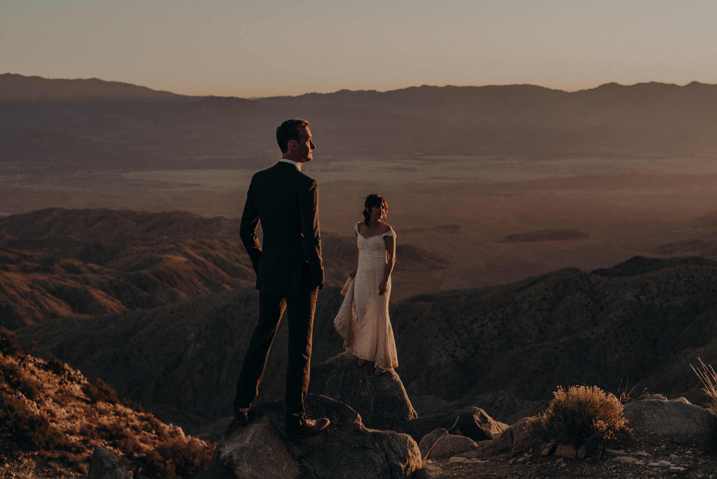 Joshua Tree Elopement - Los Angeles Wedding Photographers - IsaiahAndTaylor.com-105.jpg