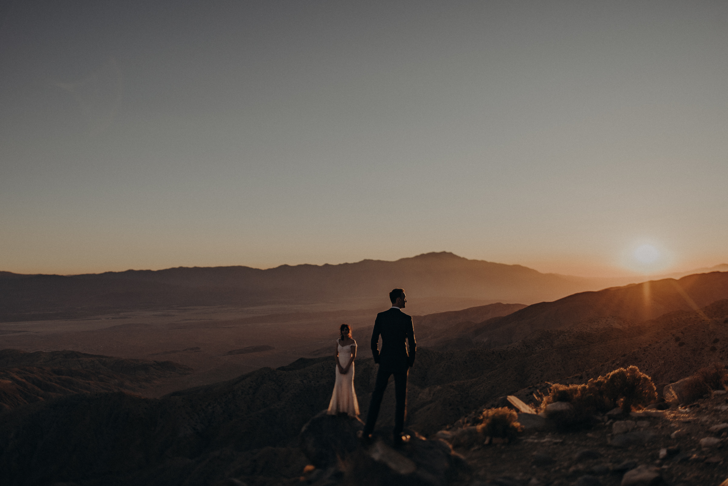 Joshua Tree Elopement - Los Angeles Wedding Photographers - IsaiahAndTaylor.com-106.jpg