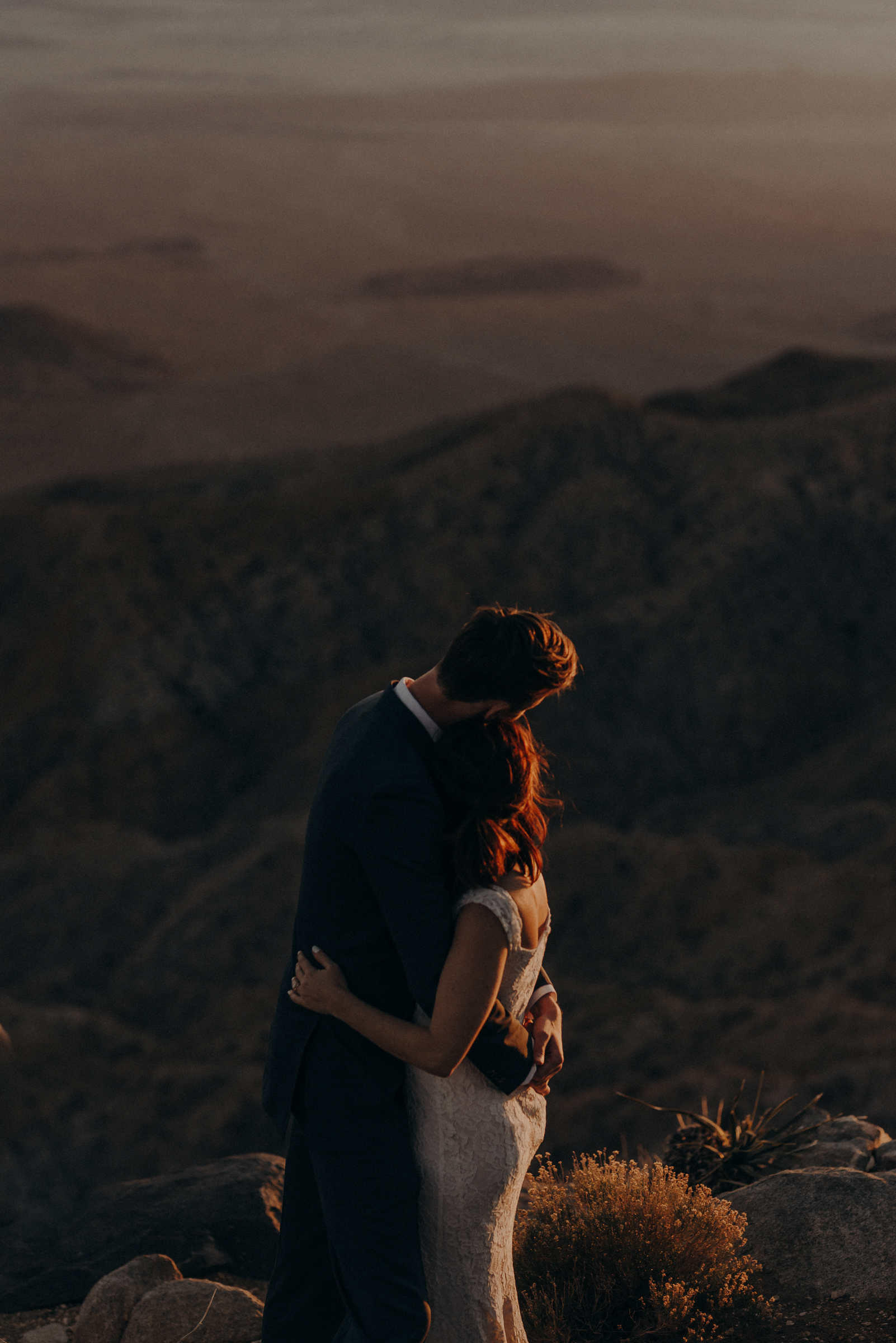 Joshua Tree Elopement - Los Angeles Wedding Photographers - IsaiahAndTaylor.com-107.jpg