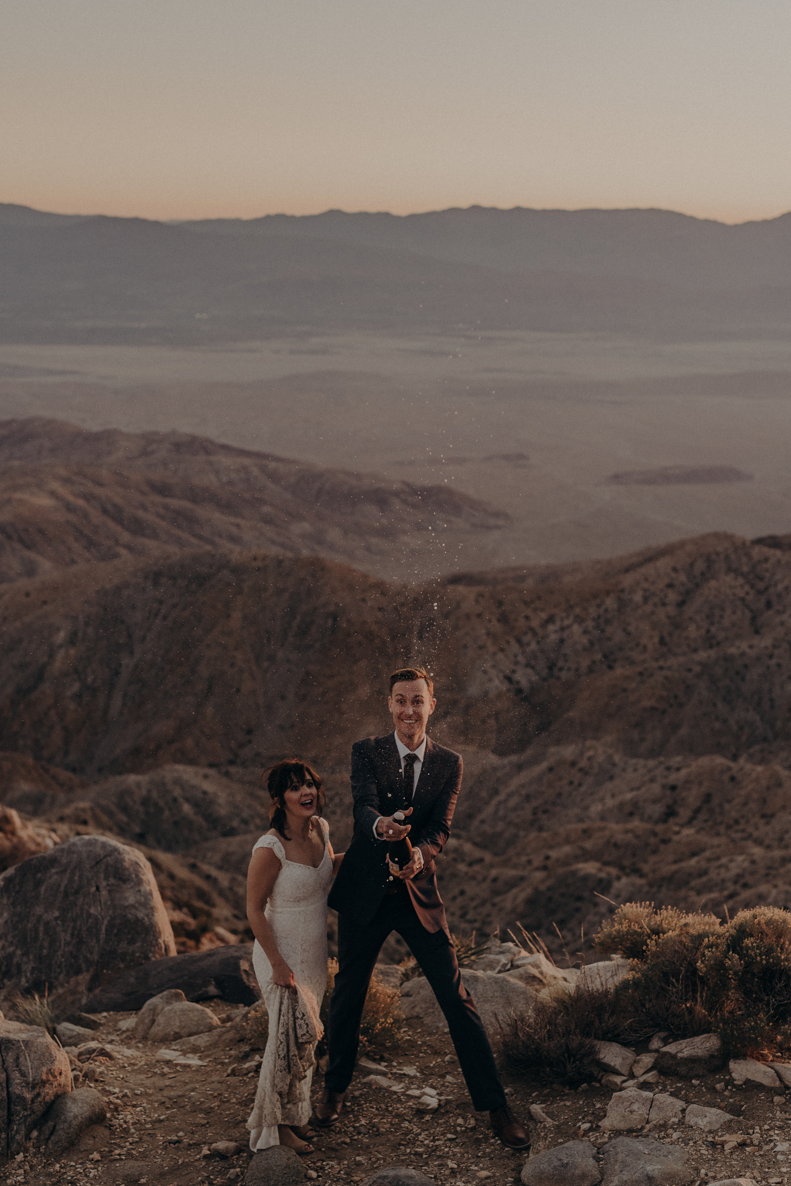 Joshua Tree Elopement - Los Angeles Wedding Photographers - IsaiahAndTaylor.com-114.jpg