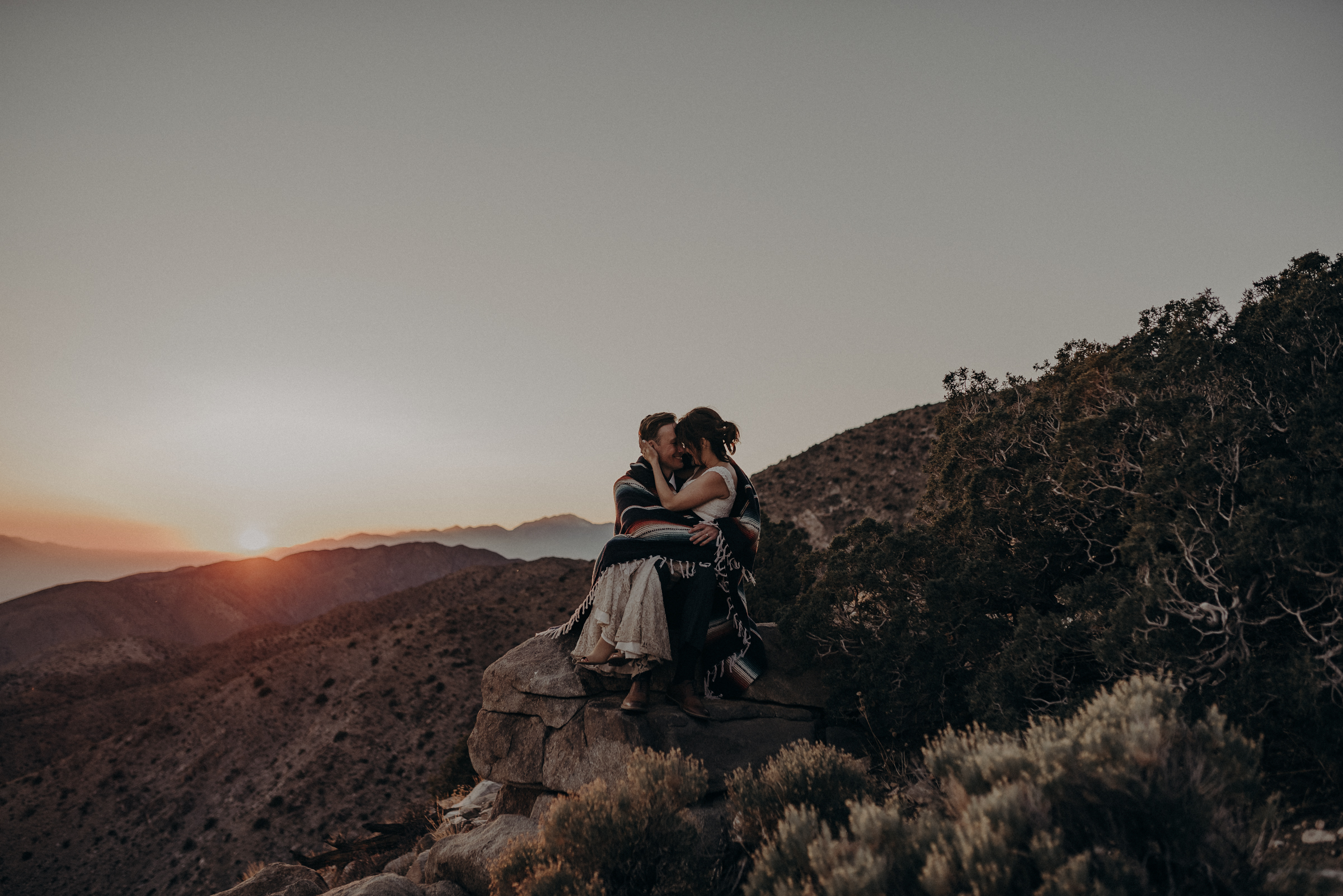Joshua Tree Elopement - Los Angeles Wedding Photographers - IsaiahAndTaylor.com-122.jpg