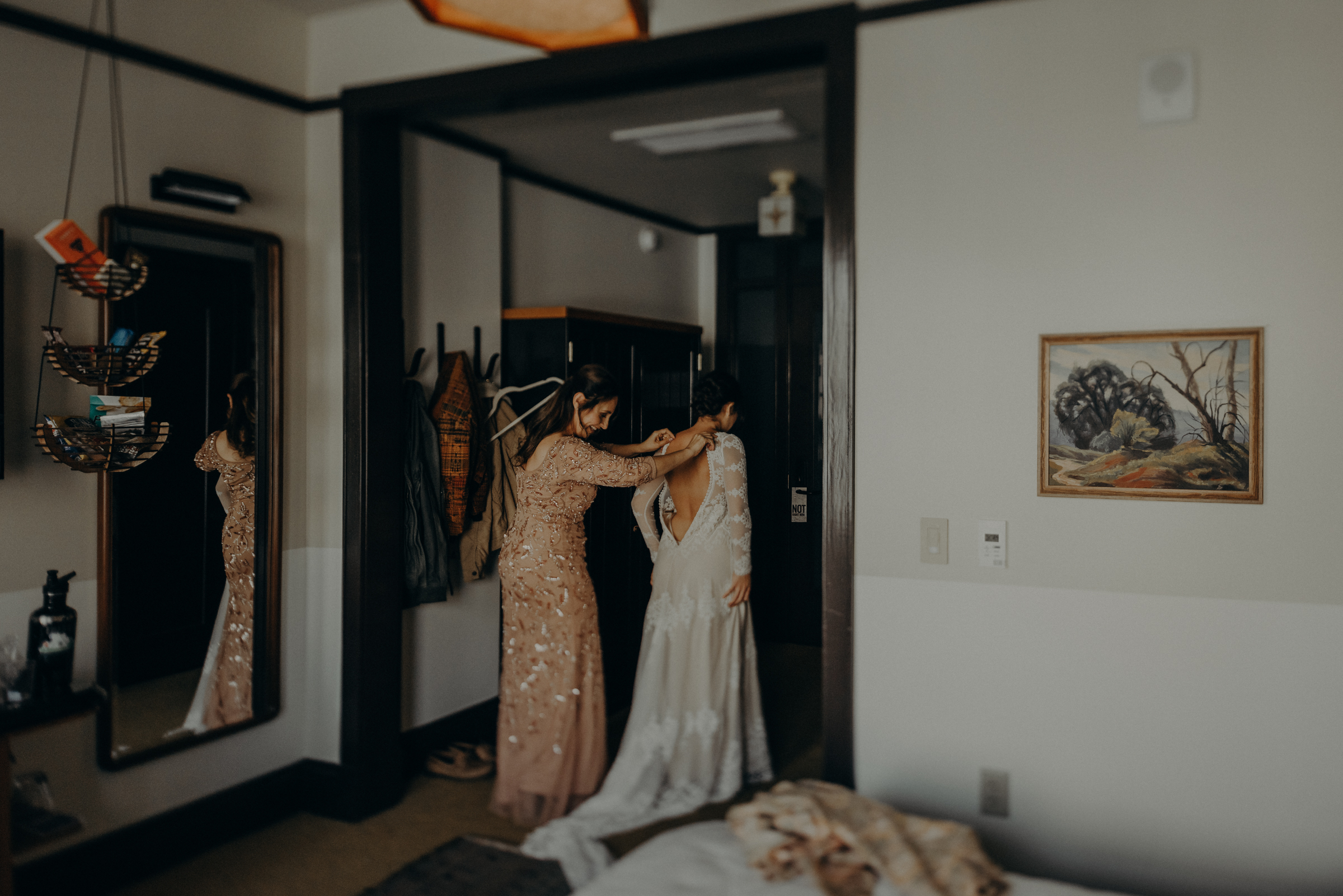 Isaiah + Taylor Photography - The Unique Space Wedding, Los Angeles Wedding Photography 008.jpg