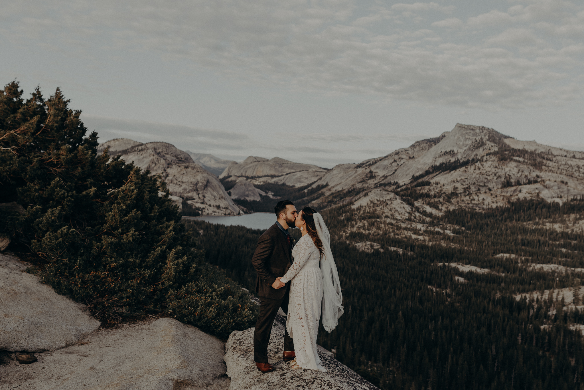 Yosemite Elopement Photographer - Evergreen Lodge Wedding Photographer - IsaiahAndTaylor.com-021.jpg