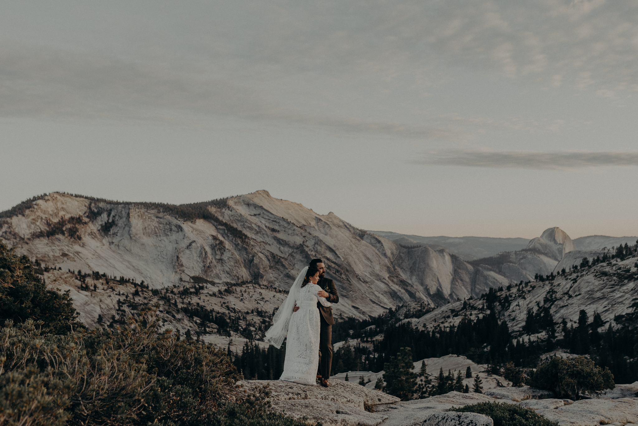 Yosemite Elopement Photographer - Evergreen Lodge Wedding Photographer - IsaiahAndTaylor.com-051.jpg