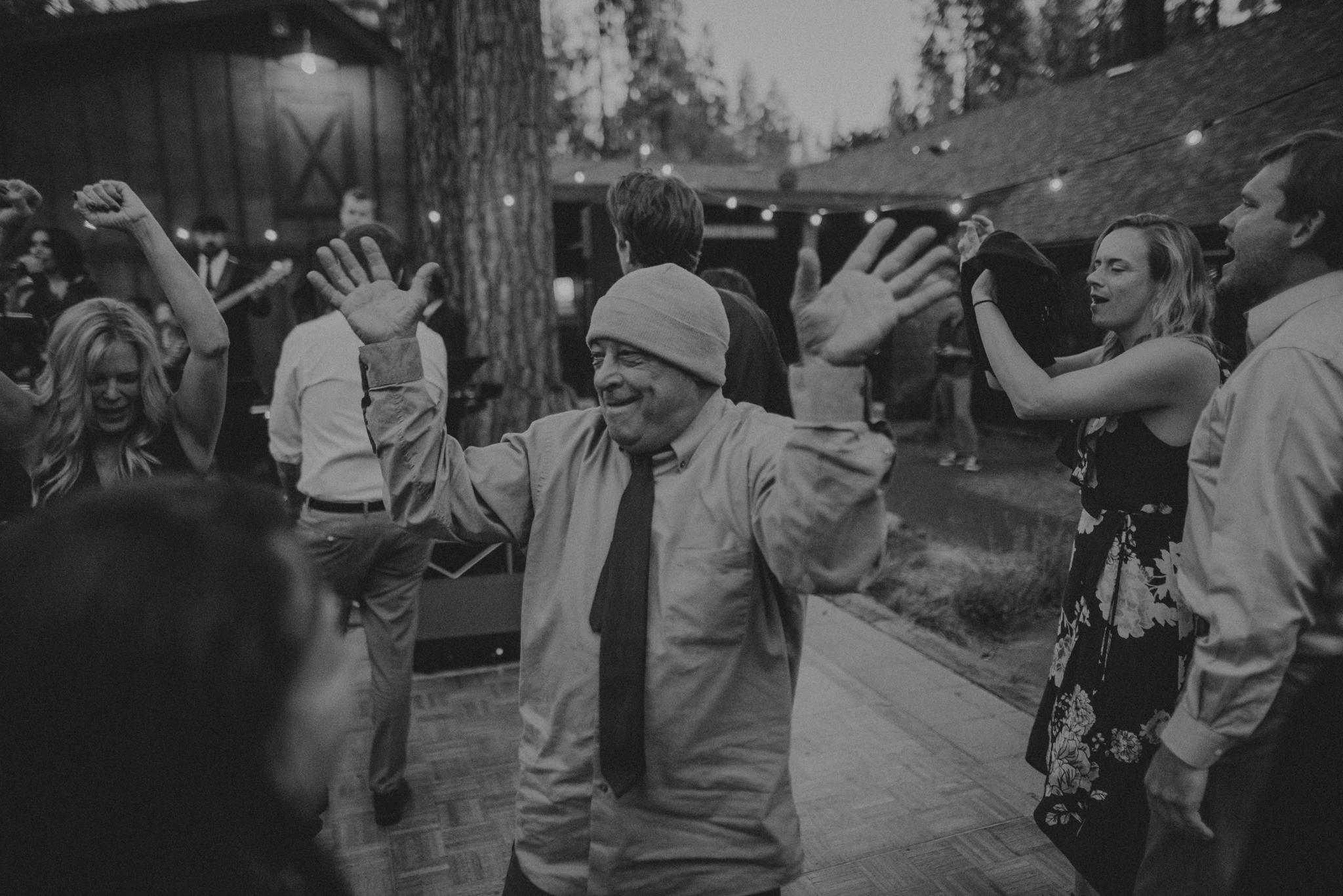 Yosemite Elopement Photographer - Evergreen Lodge Wedding Photographer - IsaiahAndTaylor.com-140.jpg