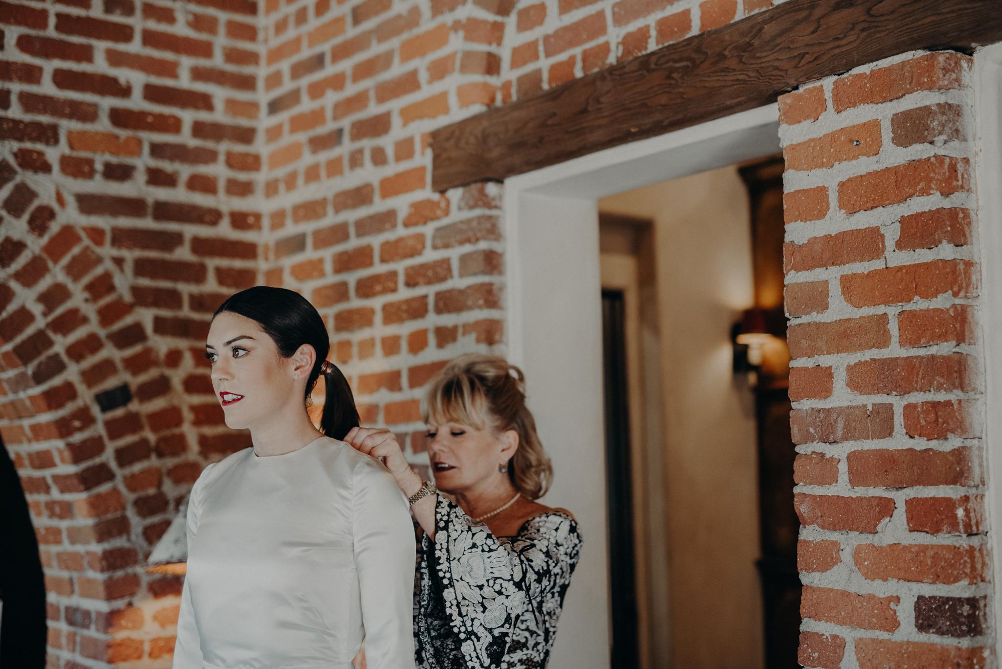 Hummingbird Nest Ranch Wedding - Wedding Photographer in Los Angeles - IsaiahAndTaylor.com-006.jpg