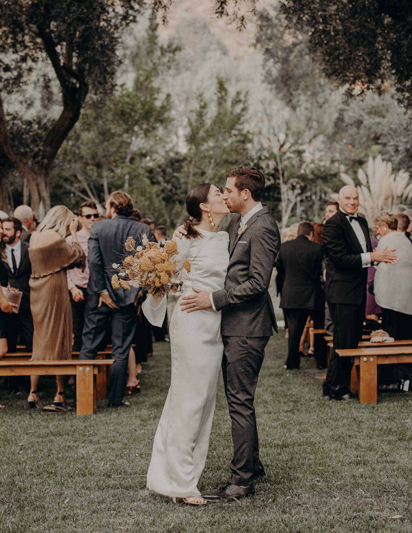 Hummingbird Nest Ranch Wedding - Wedding Photographer in Los Angeles