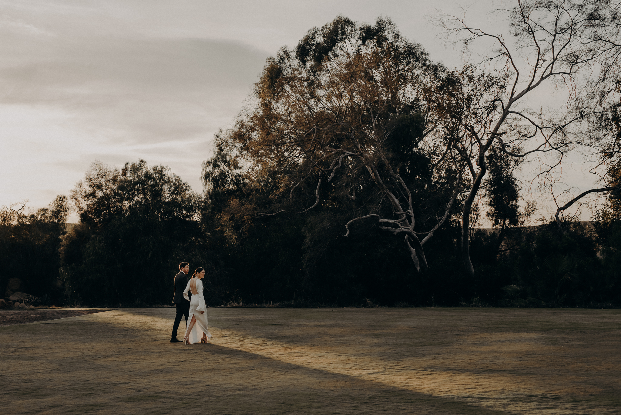 Hummingbird Nest Ranch Wedding - Wedding Photographer in Los Angeles - IsaiahAndTaylor.com-077.jpg