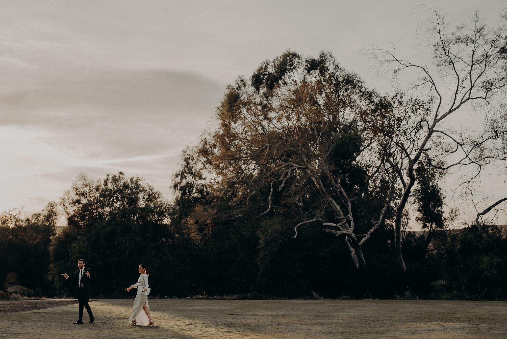 Hummingbird Nest Ranch Wedding - Wedding Photographer in Los Angeles - IsaiahAndTaylor.com-078.jpg