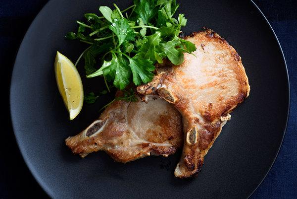 Thin Pan-Seared Pork Chops