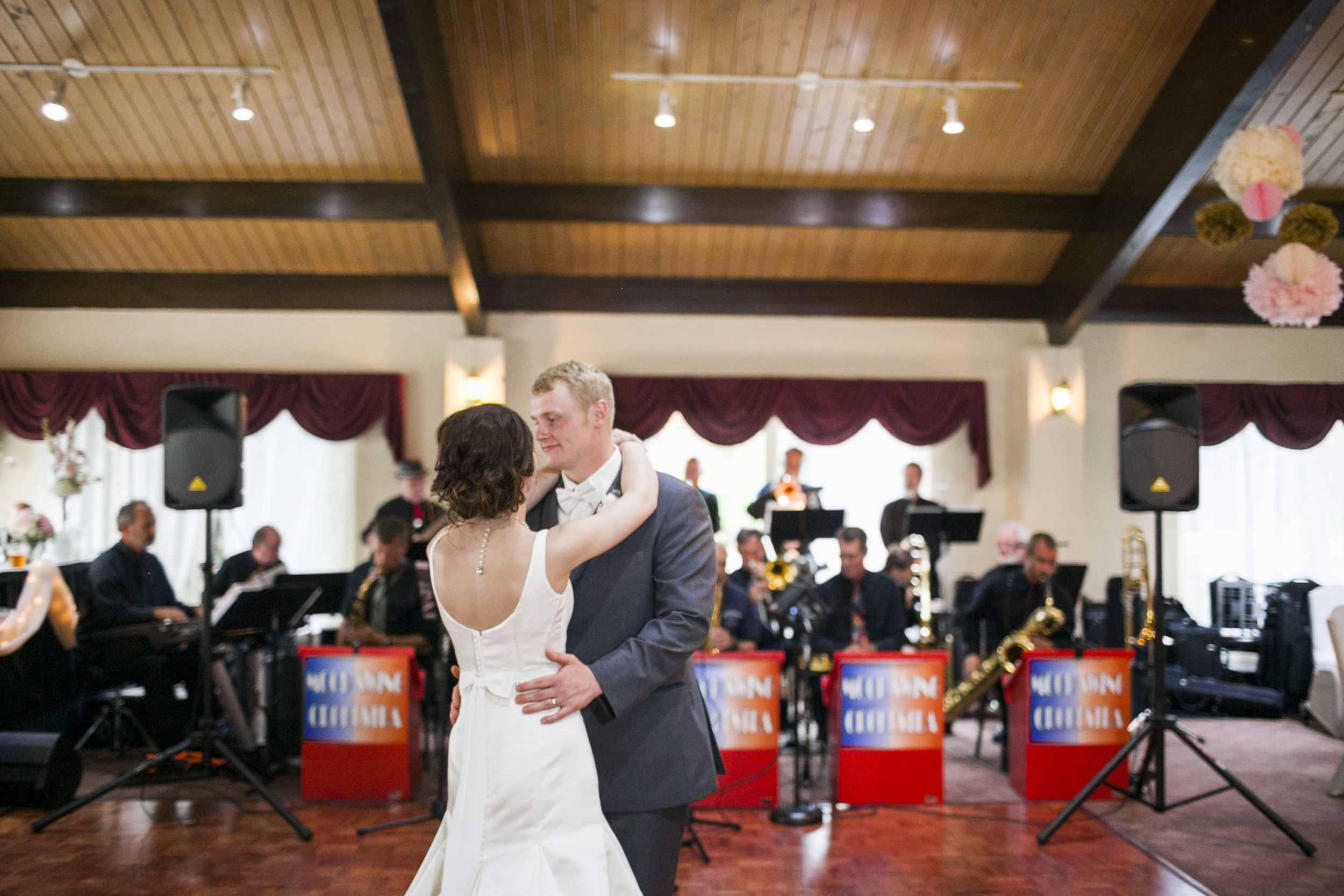 Andrew and Jenny had a full swing band for their reception! How cool is that?!