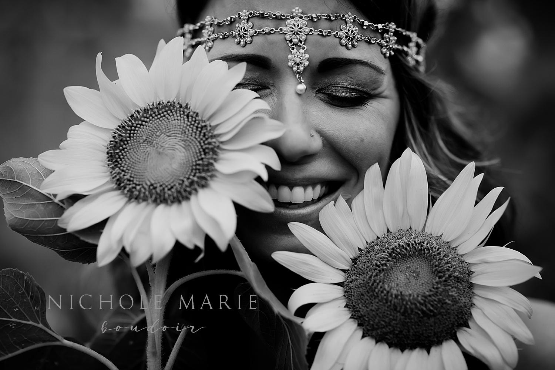 Sunflower boudoir | Sebastian, Florida Boudoir Photographer | Nichole Maire Boudoir_0001.jpg