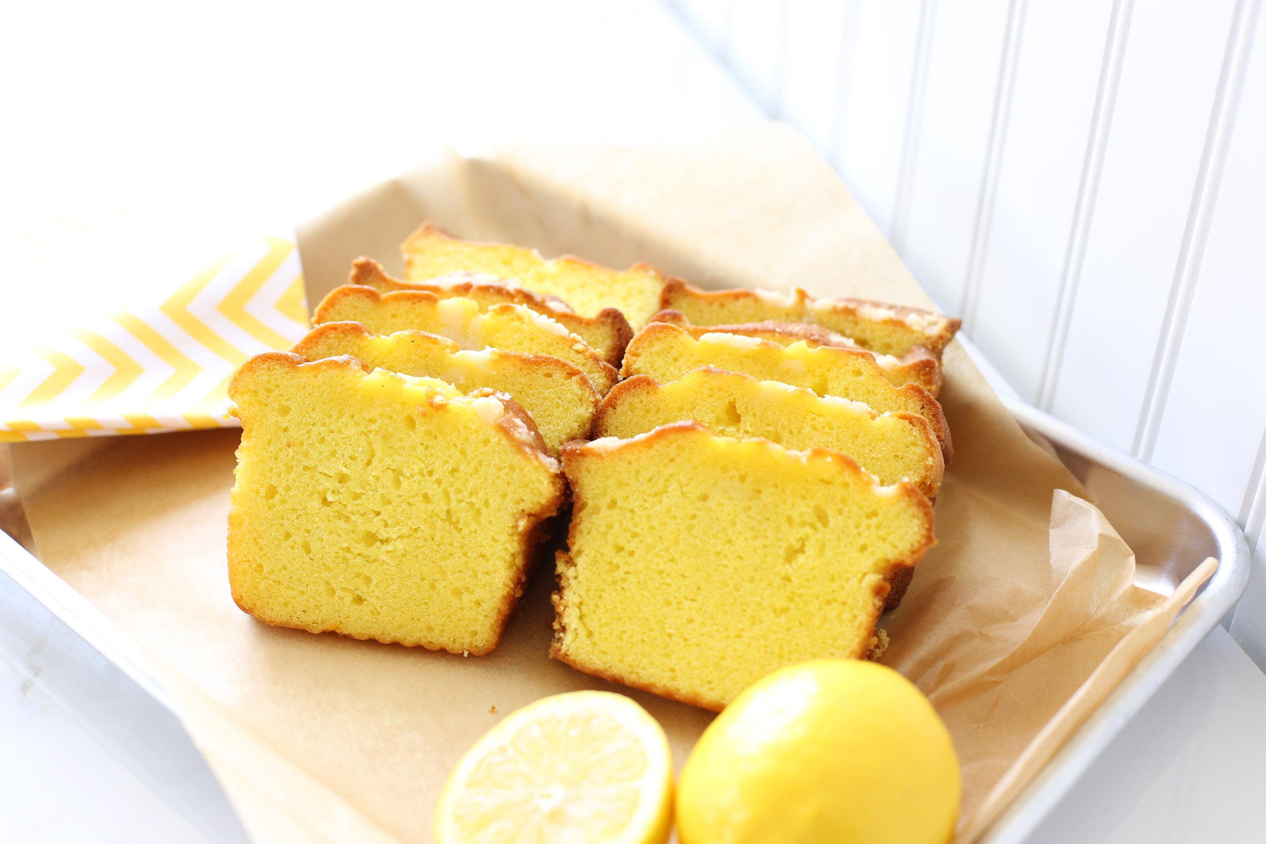 Mrs. Wonderful's Cakes™ - Lemon Sliced Loaf Cake