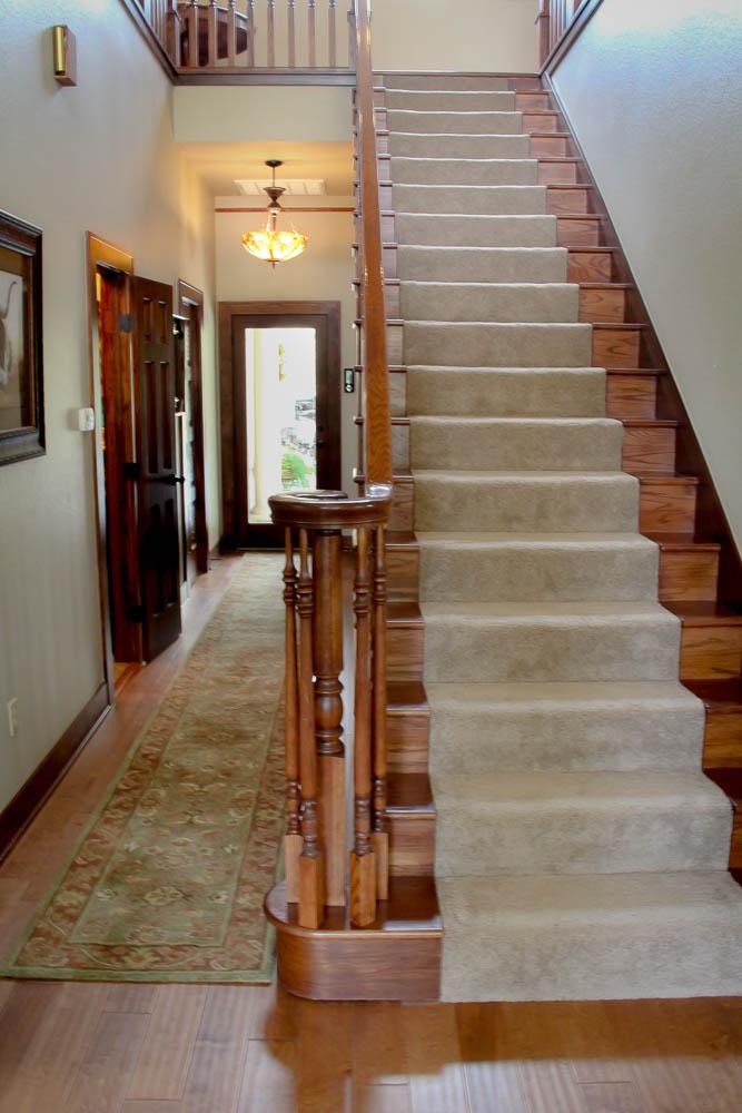 entrystairway.jpg