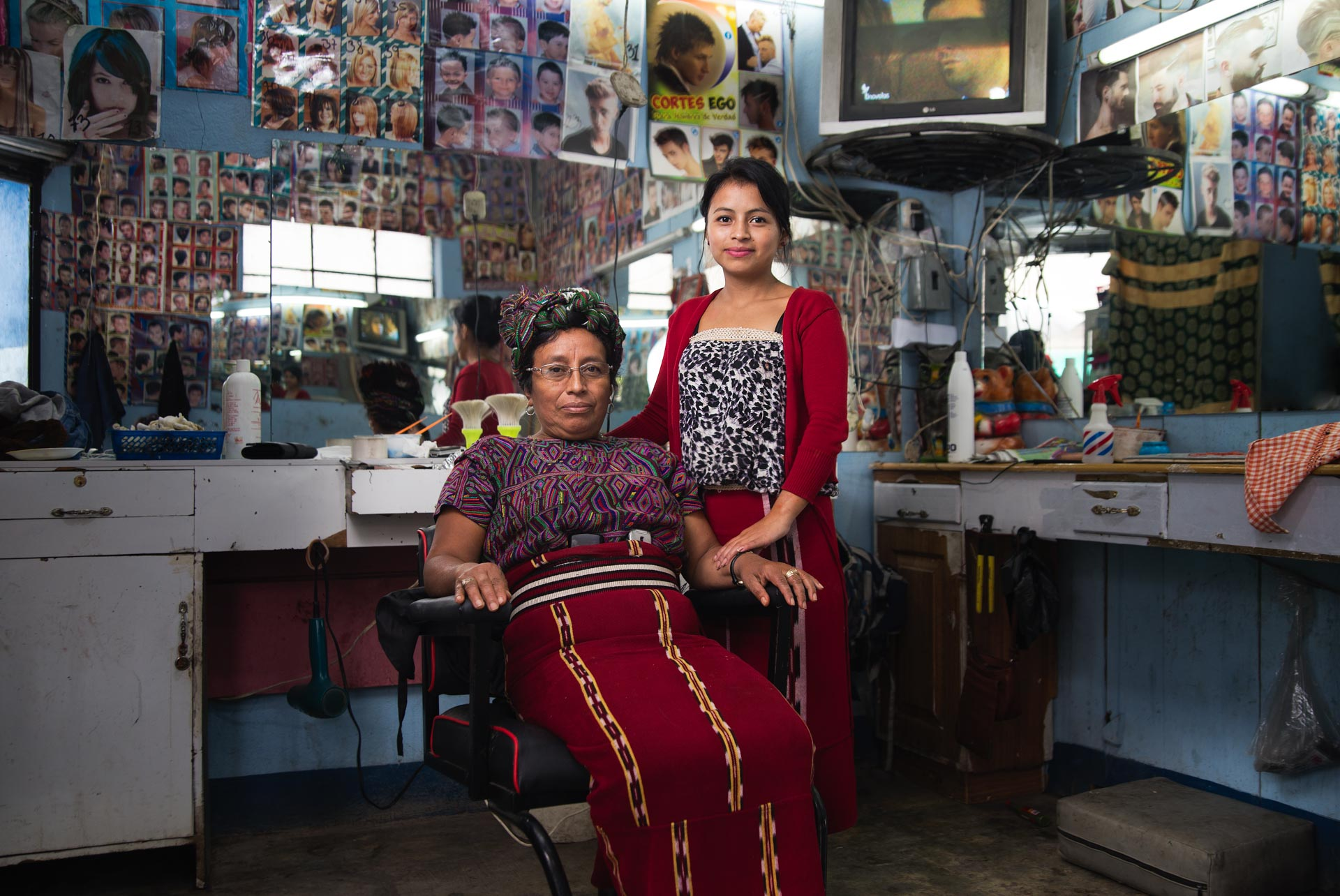 Don Pedro's wife and daughter in their own hair salon just down the road.