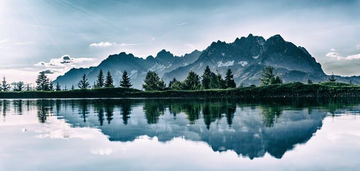 lake mountain gorgeious.jpeg