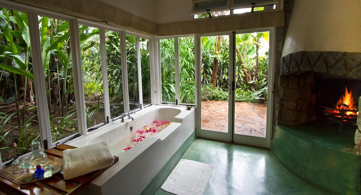 Gibbs_Farm_Tanzania_Safari_Bathroom_1_Takims_Holidays