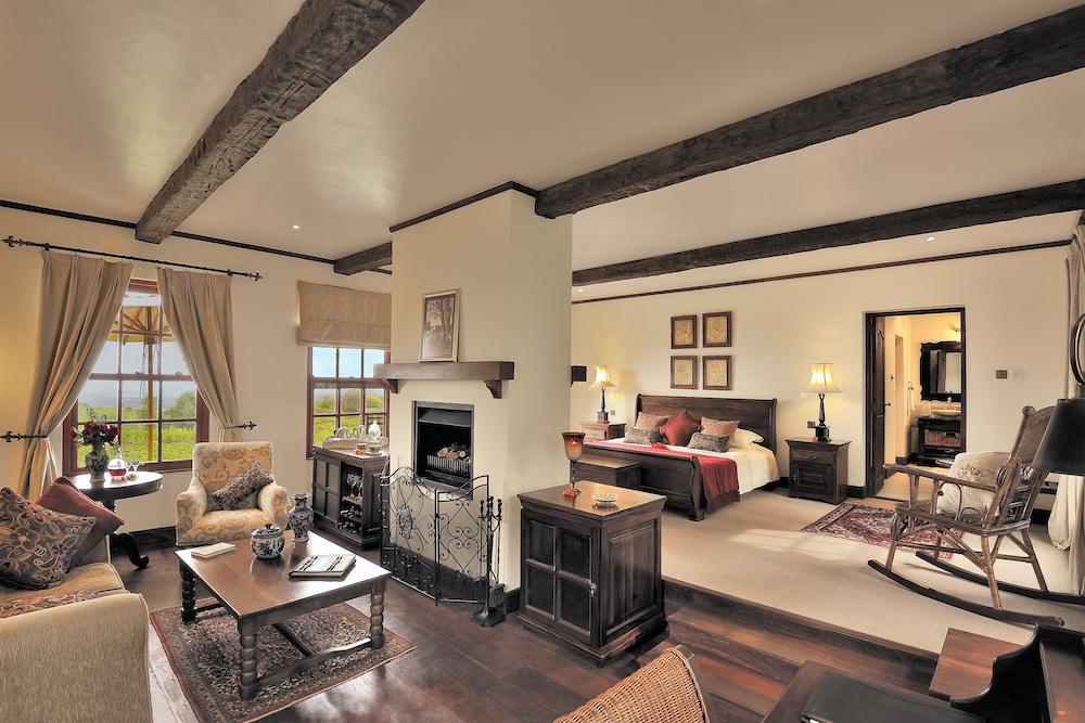 The_Manor_Room_Interior_2_Tanzania_Safari_Takims_Holidays