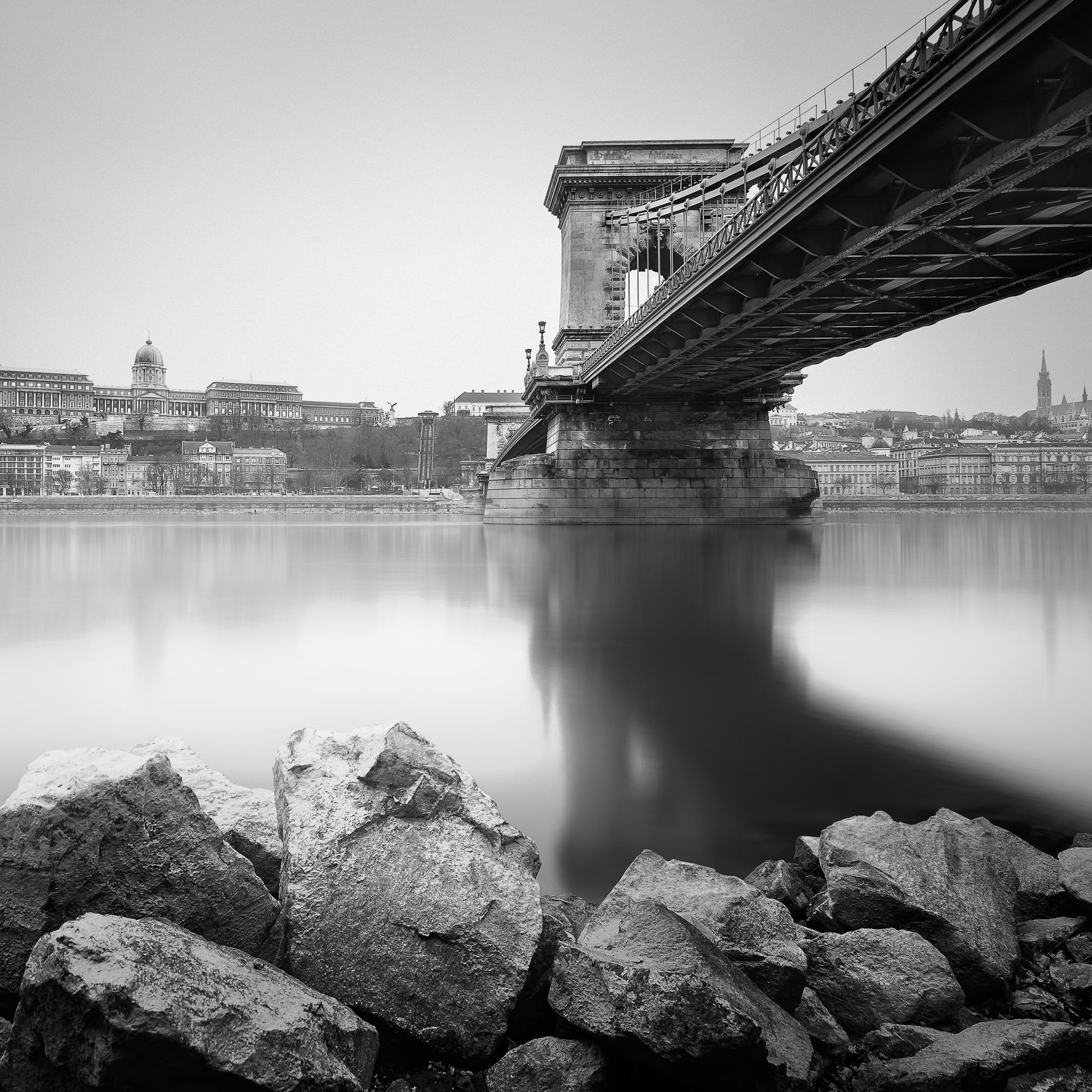 Budapest-Chain-bridge-II.jpg
