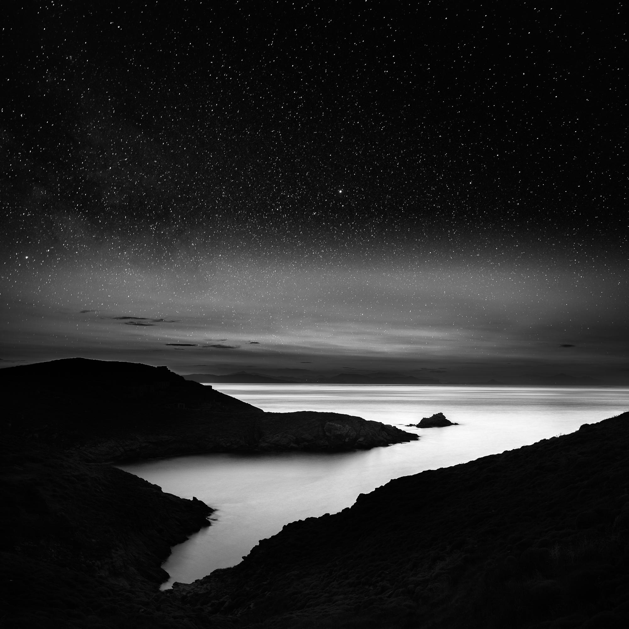 Kea-Glaronisi-at-night.jpg
