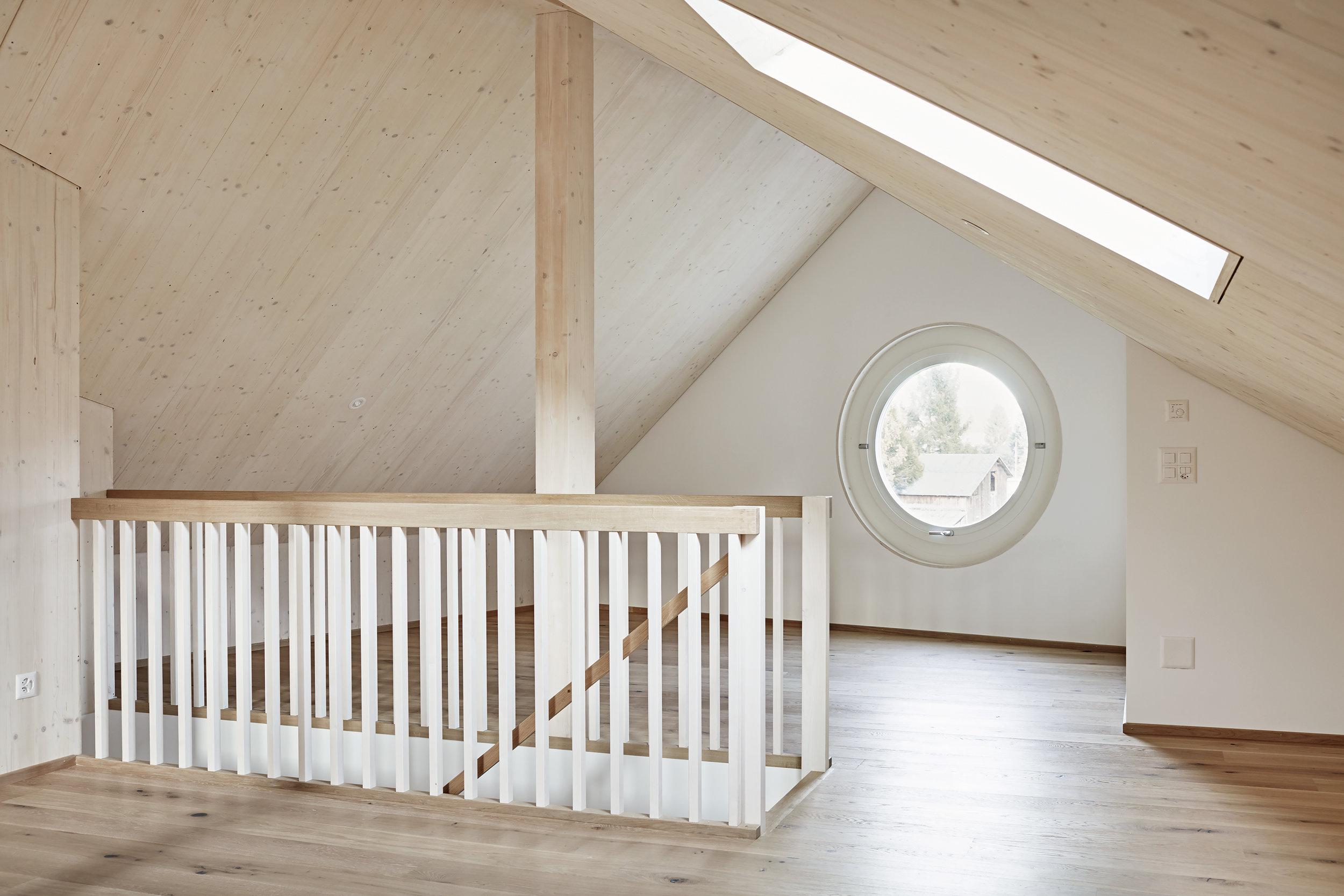 Einfamilienhaus in Näfelsauf Archello publiziert - Das Anfang Jahr fertiggestellte EFH in Näfels wird auf Archello.com gezeigt. Hier gehts zur Publikation.