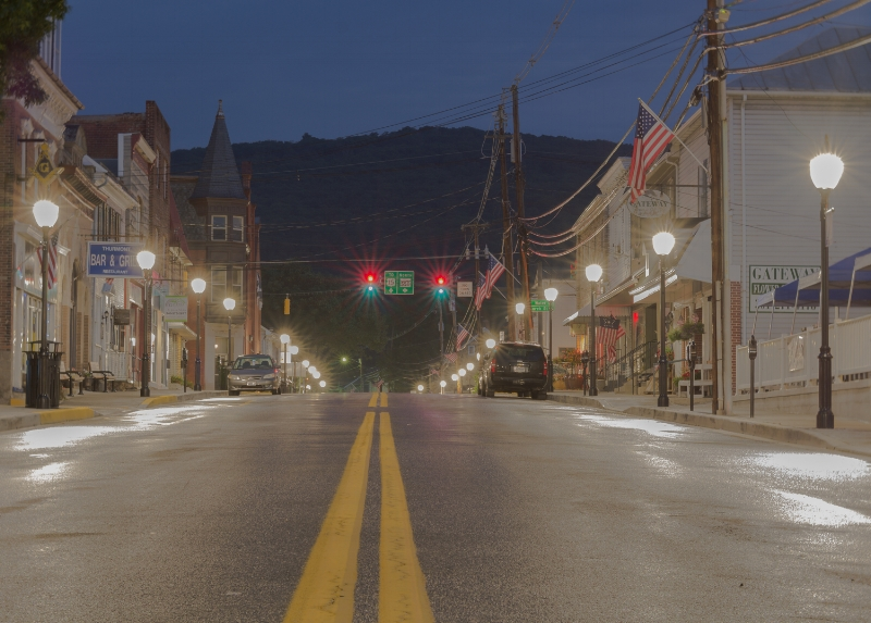 """This was a 13 second shot. I managed to catch the traffic light changing colors during that 13 seconds! What fun! """"Time lapse traffic light"""" (c) Rebecca LaChance, 2015, Thurmont, MD."""