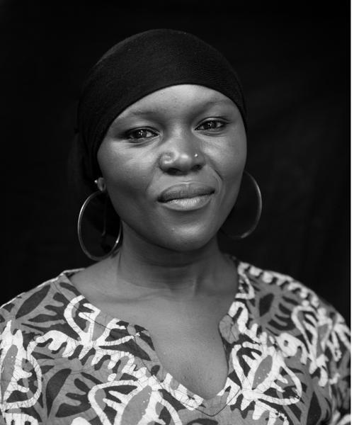 Jamila Hamisi, Earring Maker