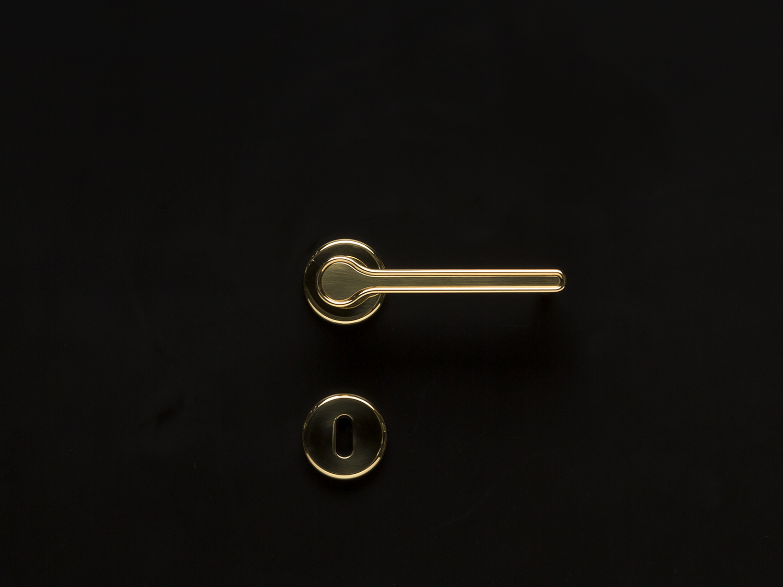 Canal Door handle. Designed for Olivari, Italy.