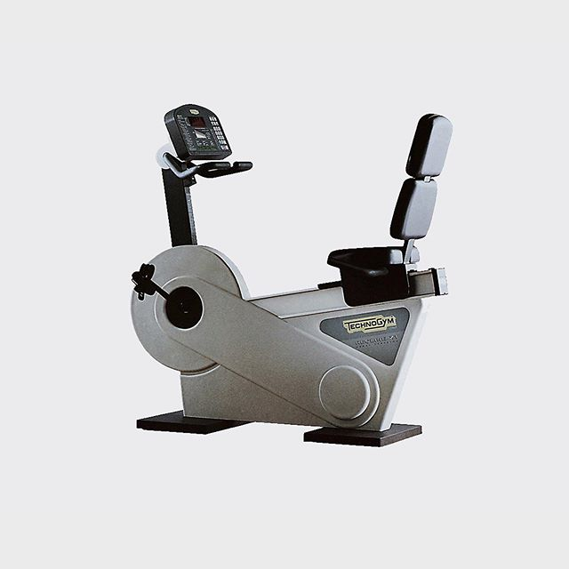 Technogym Italy 1991-1996 XT Cardio ⠀⁠⠀ Technogym saw Theo's work in Domus magazine in 1991. They referred to the Radio and Children's Camera he designed at College, and asked him to design their first ever cardio fitness equipment, the XT Line.⠀⁠⠀ ⠀⁠⠀ #technogym @technogym #theowilliams #design #simple #cardiofitness #simpledesign @theo_williams_ #gooddesign #understandabledesign #honestdesign #Gooddesignisaslittledesignaspossible⠀⁠⠀