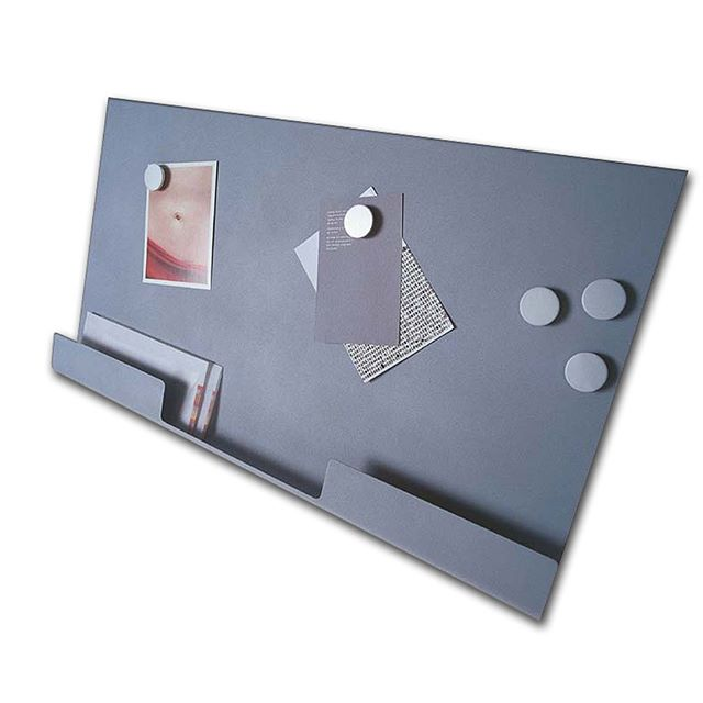 Wireworks London 2001⁠ Metal Hall accessories. ⁠ ⁠ #wireworks #theowilliams #design #simple #CubissimoAlarmClock #AlarmClock #magneticboard #simpledesign @theo_williams_ #gooddesign #understandabledesign #honestdesign #Gooddesignisaslittledesignaspossible⁠
