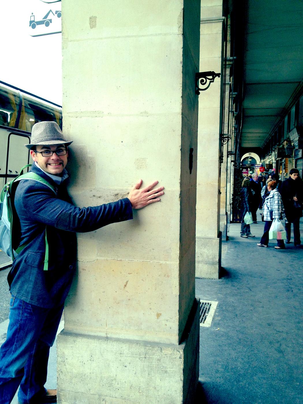 See...I really do love architecture....I know...It's sad. The Rue de Rivoli, Paris