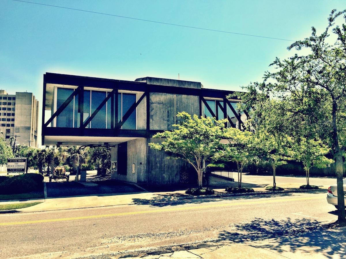 Former Bank Building. Architects: Rosenblum Coe Architects