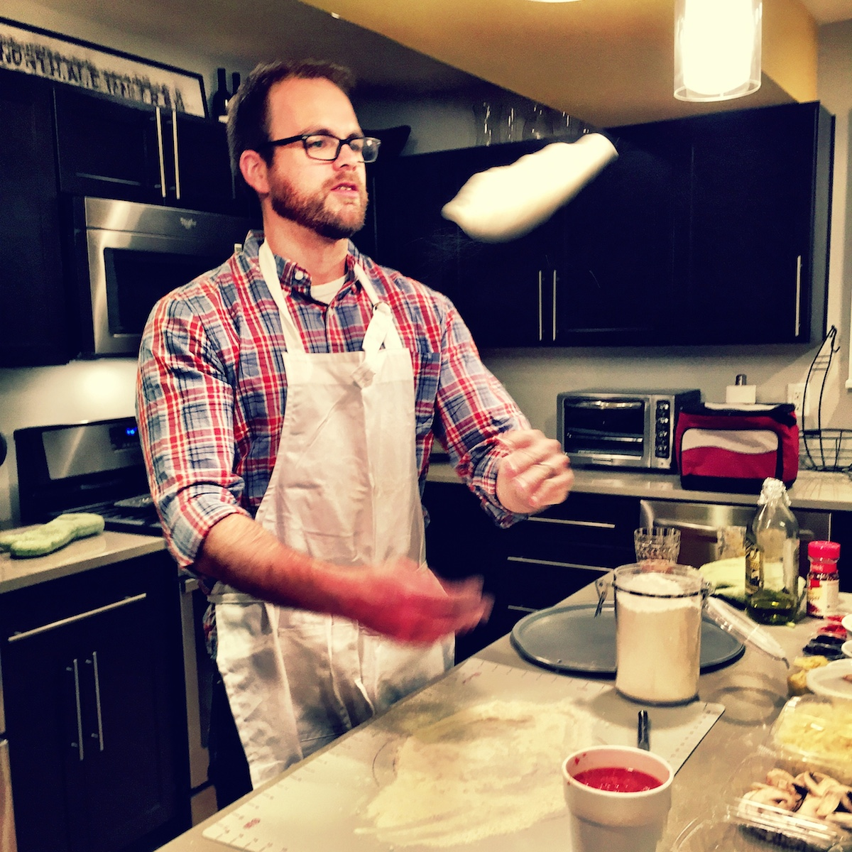 While spinning pizza dough in the kitchen, the yellow beam keeps me from throwing the dough to high.