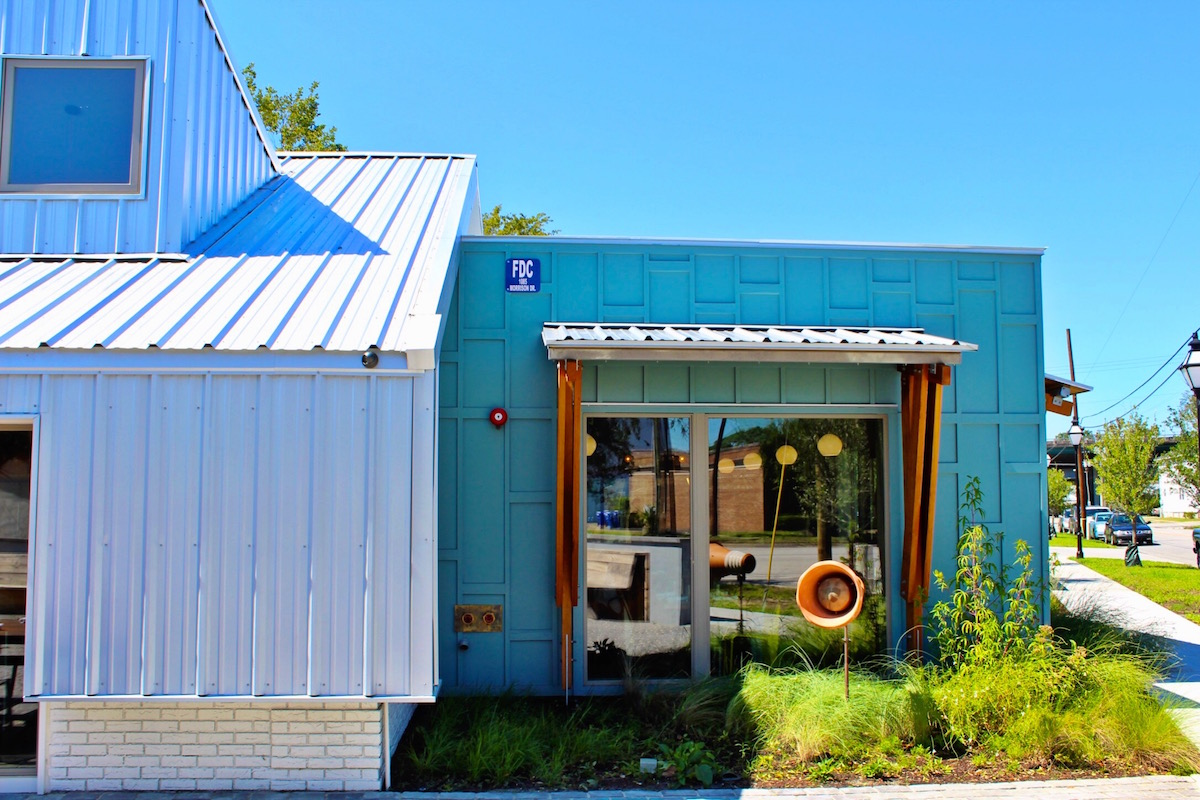 I love the colors at Butcher and Bee.